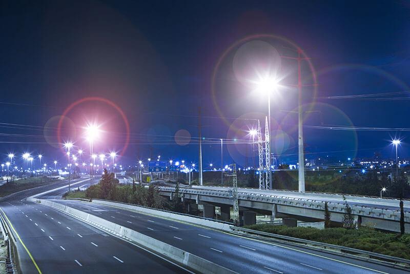 Seeing halos around lights